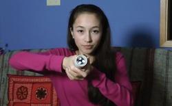 Nữ sinh 15 tuổi chế tạo đèn pin Hollow Flashlight hoạt động bằng thân nhiệt