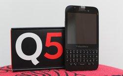Thực tế BlackBerry Q5 bản thương mại tại Việt Nam