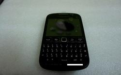 Ảnh thực tế rõ nét BlackBerry Curve 9720 giá rẻ tại Việt Nam