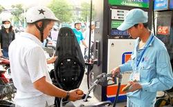 Lật tẩy cách gian lận tiền của nhân viên bán xăng