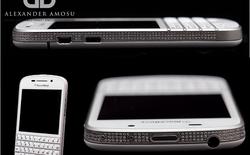 BlackBerry Q10 nạm kim cương và vàng trắng có giá 31.000 USD