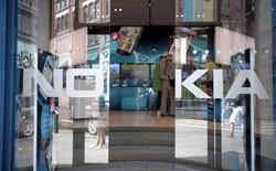 Nhân viên khóc than vĩnh biệt Nokia