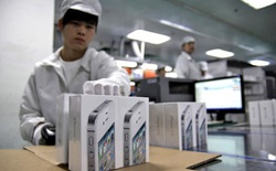 Công nhân Foxconn ăn cắp vỏ iPhone 6 bị bắt