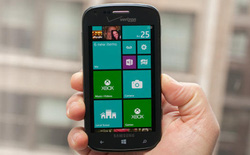 Samsung sắp tung phablet Windows Phone 8
