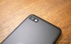 Quá ế, BlackBerry Z10 phải bán đại hạ giá