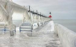 Lốc xoáy vùng cực là nguyên nhân khiến nước Mỹ rơi vào tình trạng giá rét kỷ lục