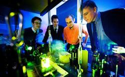 Đột phá mới trong vật lý với việc tạo ra siêu ánh sáng photon