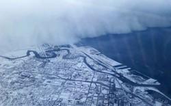 Cận cảnh bão tuyết khổng lồ khi nhìn từ bên trong