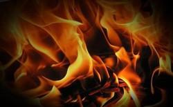 Cháy nhà, chết vì cố cứu smartphone trong lửa