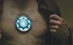 Lý giải khoa học những bí ẩn đằng sau lò phản ứng hồ quang trong bộ giáp Iron Man