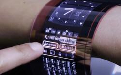 Plastic Logic ra mắt công nghệ màn hình AMOLED nhựa linh hoạt