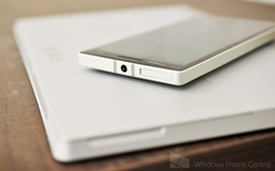 """Top những """"cặp song sinh"""" tablet và smartphone nổi bật của làng di động"""