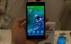 Trên tay Samsung Z, smartphone đầu tiên chạy hệ điều hành Tizen