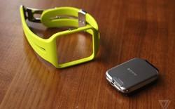Cận cảnh bộ đôi thiết bị đeo tay thông minh từ Sony