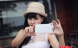 """Người đẹp mê """"tự sướng"""" bên Oppo N1 mini"""
