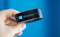 Lộ diện smartwatch với tính năng theo dõi sức khỏe của Microsoft
