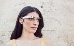Đeo Google Glass, bị đuổi vì nghi quay lén phim trong rạp
