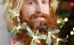 """[Video] """"Thời trang râu"""" cho phái mạnh đón Giáng Sinh"""