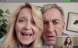 """[Video] Những điều hài hước xảy ra khi bố mẹ bạn """"cập nhật"""" công nghệ mới"""
