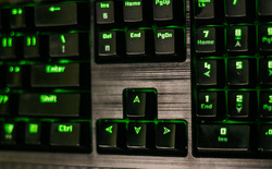 Đánh giá bàn phím chơi game Tesoro Lobera