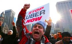 Uber lại bị chính các tài xế đâm đơn kiện ở Anh