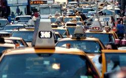 """Uber đang khiến ngành taxi truyền thống tại Mỹ """"lụi tàn"""" như thế nào?"""