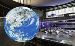 [Video] Geo-Cosmos: đèn OLED lớn nhất thế giới