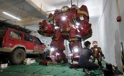 Chàng trai Trung Quốc tự chế tạo mô hình Hulkbuster trong Avengers