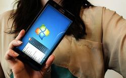 Windows 7 chạy mượt mà trên Asus Zenfone 2