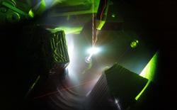 Choáng với tia laser 200 nghìn tỷ watt có thể tạo ra plasma nóng hơn Mặt Trời
