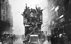 11/11/1918 - Hiệp định ngừng bắn tại Compiegne được ký kết, Thế chiến thứ nhất về cơ bản đã kết thúc