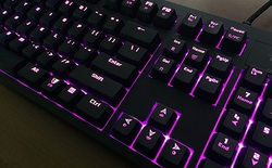 Tesoro Excalibur Spectrum: Bàn phím chơi game chất lừ khó cưỡng!