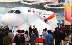 """Máy bay vận tải thương mại """"Made in China"""" đầu tiên xuất xưởng"""
