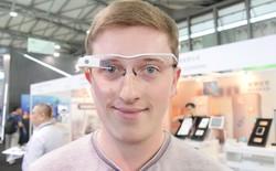 """Xem kính """"Google Glass"""" phiên bản... Trung Quốc"""
