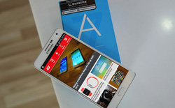 "Lộ diện Samsung Galaxy A8: phablet tầm trung, ""áo giáp"" kim loại"