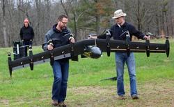 Xem Drone 10 động cơ biến hình từ trực thăng thành máy bay