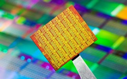 Intel trì hoãn kế hoạch vi xử lý 10 nm Canon Lake vô thời hạn