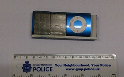 Anh: Trộm thẻ ATM bằng... iPod Nano