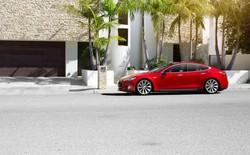 Xe Tesla Model S có thể bị tấn công từ xa, bản vá đã được phát hành
