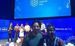 Xem hình ảnh Ahmed Mohamed tại hội chợ khoa học của Google