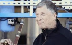 Bill Gates thử nghiệm cỗ máy biến phân người thành nước sạch