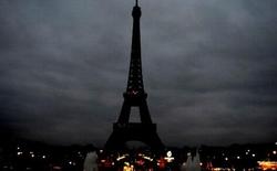 Cả thế giới cầu nguyện cho Paris sau vụ khủng bố đẫm máu