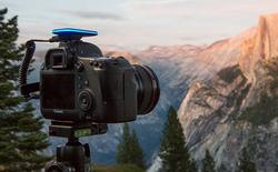 Pulse - phụ kiện hỗ trợ điều khiển máy ảnh từ xa bằng smartphone, giá 74 USD