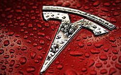 Tesla bùng nổ, nhà đầu tư hài lòng, tiếp tục rót tiền