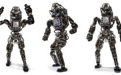 """Cùng xem robot giải cứu thảm họa ESCHER """"trổ tài"""" trong DARPA Robotics Challenge"""