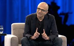 Cổ phiếu đạt đỉnh sau 15 năm, vẫn còn đó nỗi lo cho Microsoft