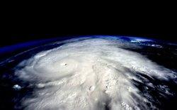 Những hình ảnh khủng khiếp của siêu bão Patricia nhìn từ độ cao 400km