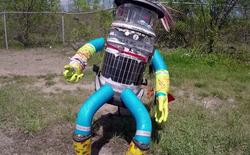 """Trẻ em Nhật Bản thích """"bắt nạt"""" Robot: Có cần không việc """"ngưng ngược đãi""""?"""