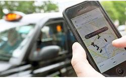 Taxi truyền thống định khởi kiện Uber và Grab?
