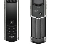Vertu hợp tác với Bentley ra mắt điện thoại siêu sang giá 500 triệu VNĐ